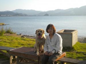 木村さんの奥様・弥生さんとペロ